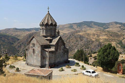 Une église arménienne dans le Haut-Karabagh