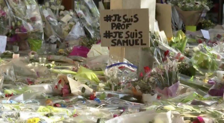 Hommage au professeur assassiné fleurs #je suis prof#JE SUIS Samuel