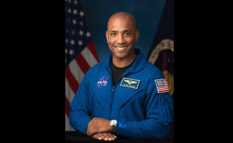 Portrait officiel de l'astronaute de la NASA Victor Glover