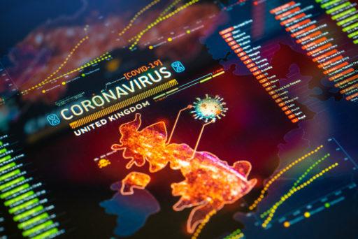 Épidémie de coronavirus (COVID-19) au Royaume-Uni Gros plan sur l'affichage numérique. Carte de quarantaine.