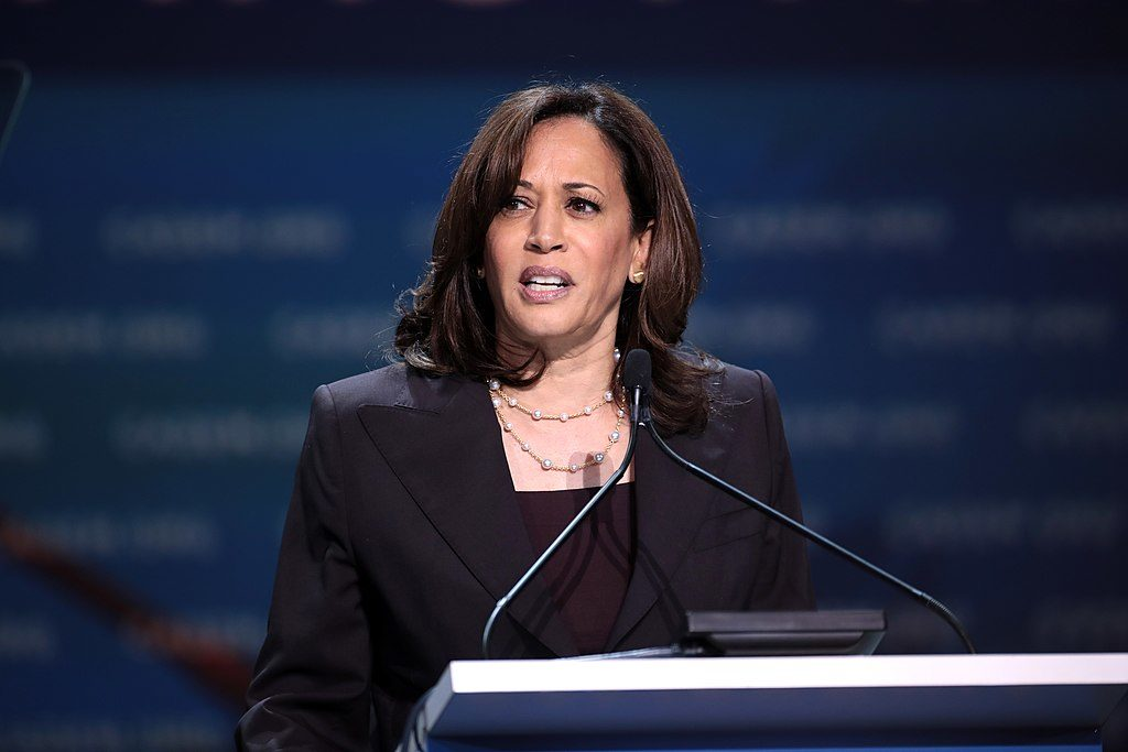 La sénatrice américaine Kamala Harris s'adressant aux participants de la Convention démocrate de l'Etat de Californie 2019 au George R. Moscone Convention Center à San Francisco, Californie.