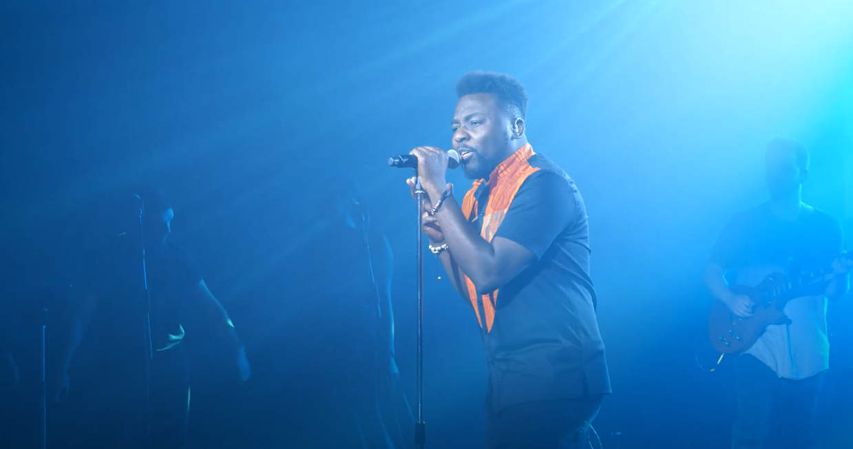 Le rappeur chrétien engagé Prince K-Mer, en concert