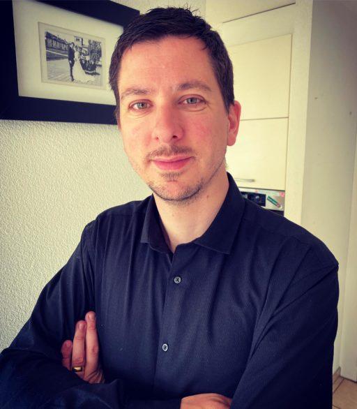 Jérémie Valiton succède à Michel Siegrist au poste directeur de la Ligue pour la lecture de la Bible (LLB) ce 1er mai.