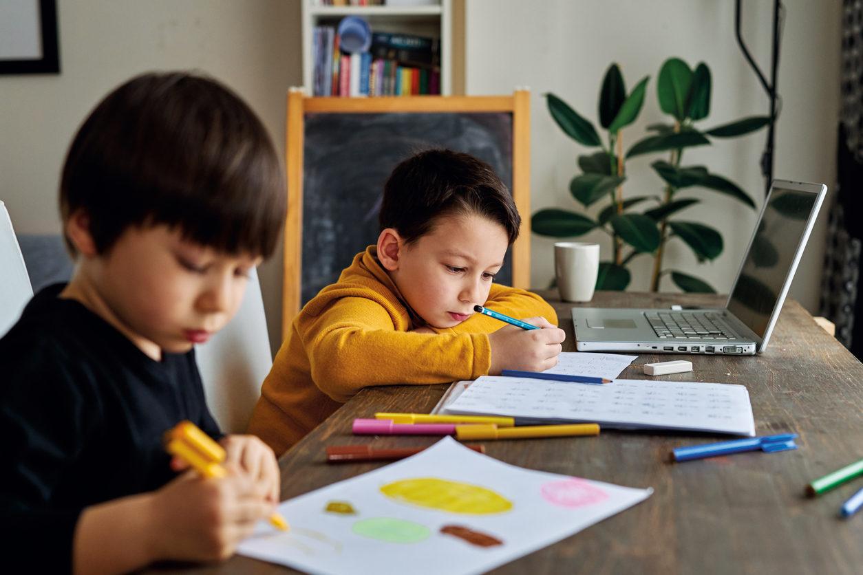 Environ 60 000 enfants sont concernés en France par l'instruction en famille.