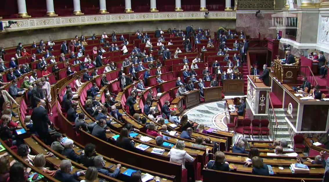 L'hémicycle de l'Assemblée nationale le 29 juin lors du vote final de la loi bioéthique.