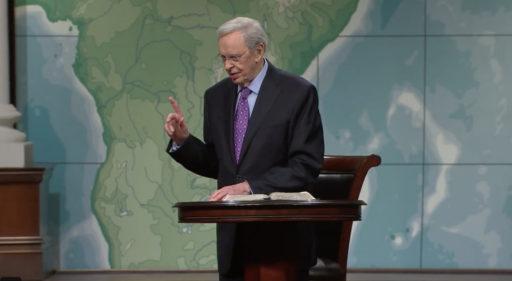 Le pasteur baptiste Charles Stanley ne vend pas de CBD