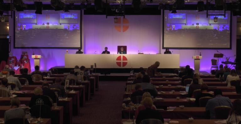 La Conférence nationale méthodiste du Royaume-Uni a voté en grande majorité une résolution autorisant les Eglises du pays à célébrer des mariages homosexuels.